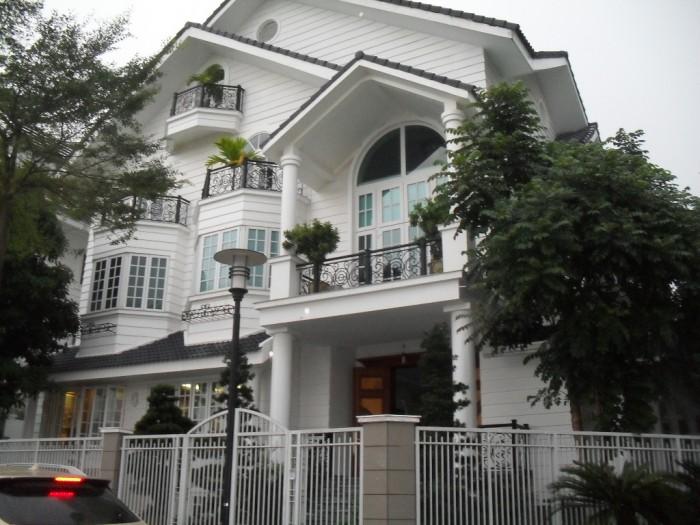 Nhà MTNB Hai Bà Trưng, Tân Định, Quận 3. DT: 8,6 x 21m
