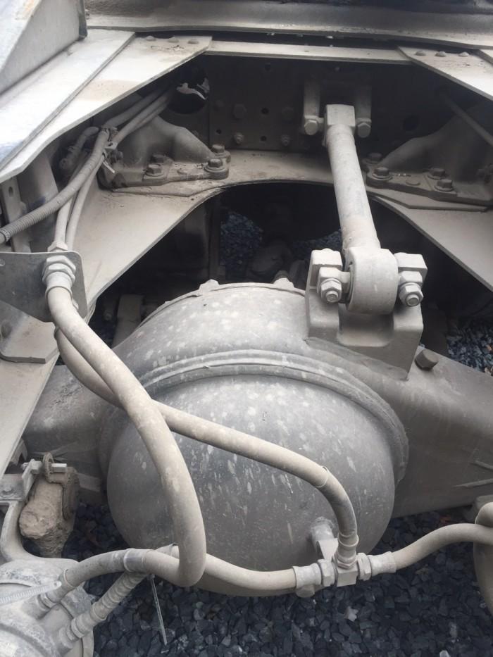 Đầu kéo hyundai hd700 cũ 2014 7