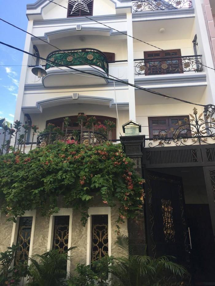 Nhà Bán rất gấp! Mt Võ Văn Tần Quận 3 giá tốt (4,5 x 20m - nhà 8 lầu)