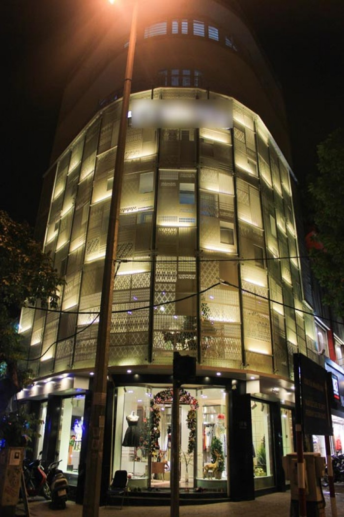 Nhà Bán CHDV 12P Cao Thắng,Quận 3. DT 12x14m.Thu nhập cao!