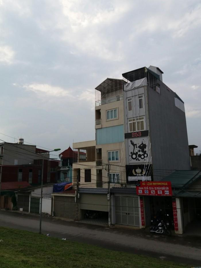 Cần bán gấp nhà mặt phố Bát Khối, LB 117m giá rẻ