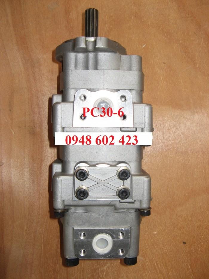 Bơm thủy lực xe đào Komatsu PC30-6/0948 602 423.