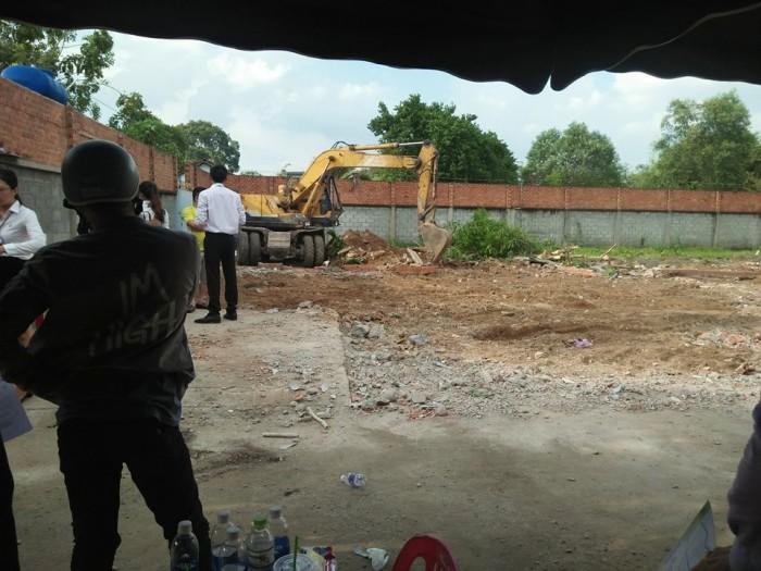 Bán gấp đất xây nhà chợ Hóc Môn gần trường học, pháp lý rõ ràng, bao công chứng