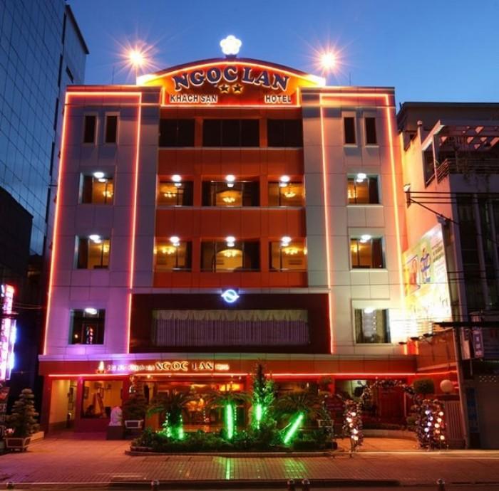 Bán tòa nhà mặt tiền Chu Mạnh Trinh. Bến nghé. Quận 1, DT: 12 x12.5 m. Hầm 8 Lầu TM