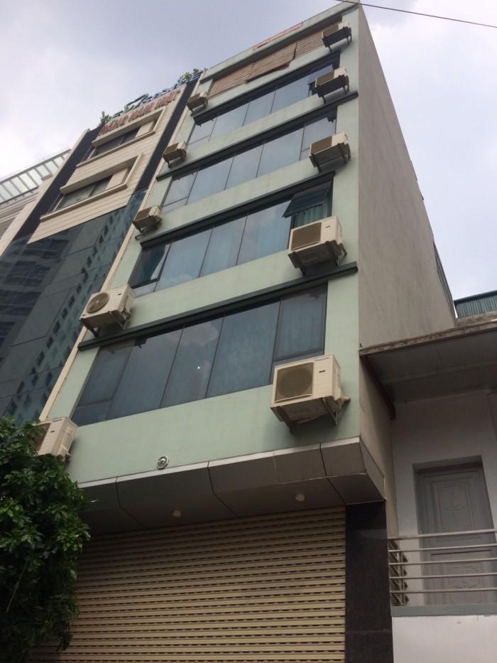 Cho thuê văn phòng 65m2 tại ngã 3 Hoàng Đạo Thúy và LÊ VĂN LƯƠNG