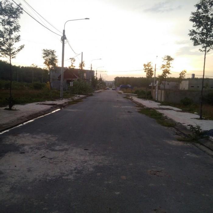 Cần bán đất có sổ hồng liền kề phường Tân Phong