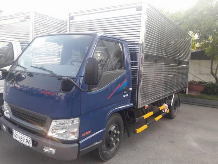 Xe tải 2,4 tấn Hyundai Iz49 Đô Thành. Giá xe tải 2,4 tấn Hyundai. Giao xe ngay. 0