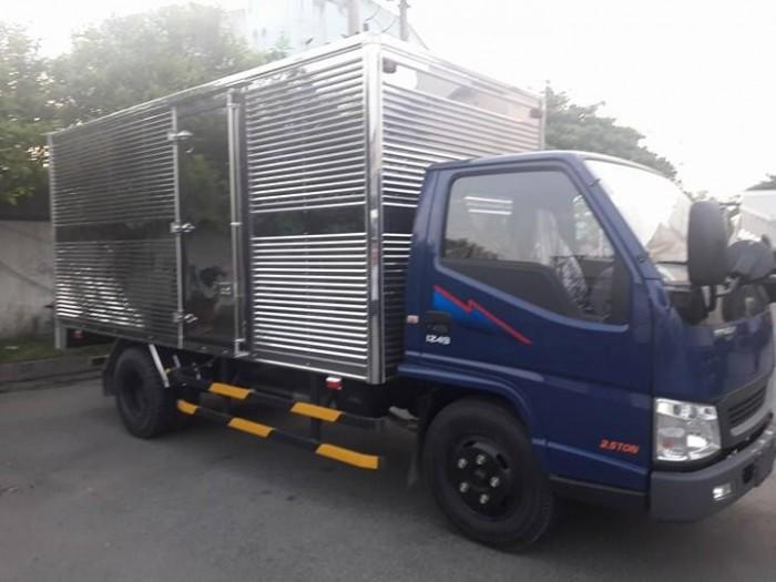 Xe tải 2,4 tấn Hyundai Iz49 Đô Thành. Giá xe tải 2,4 tấn Hyundai. Giao xe ngay. 3