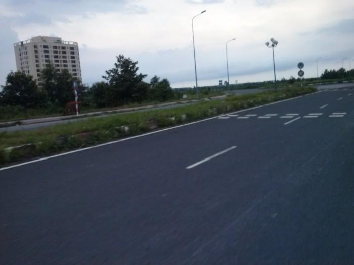 Đất nền Phú Hữu, ngay chân cầu Cát Lái, 125m2, góp 0% LS
