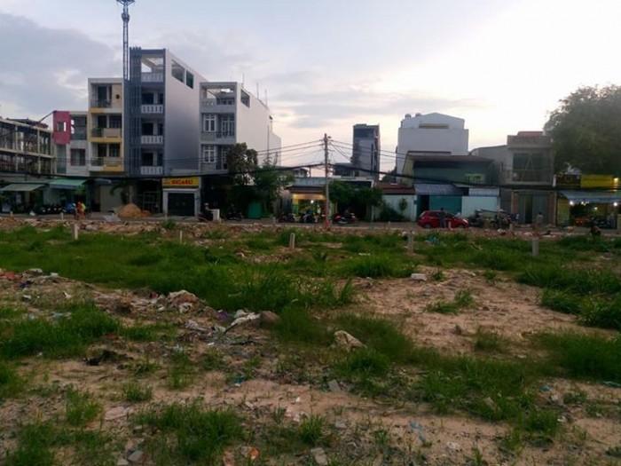 Bán 2 lô đất gần KDC Tân Đức