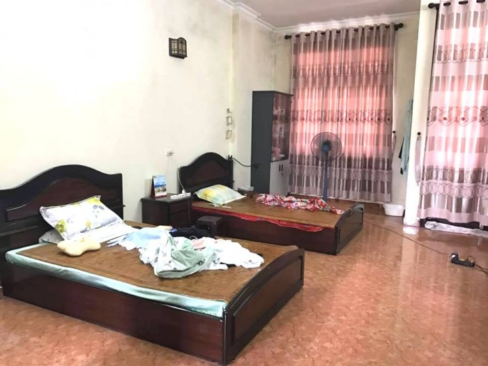Bán nhà mặt phố Lê Thanh Nghị, quận Hai Bà Trưng, 48m2x 5 tầng