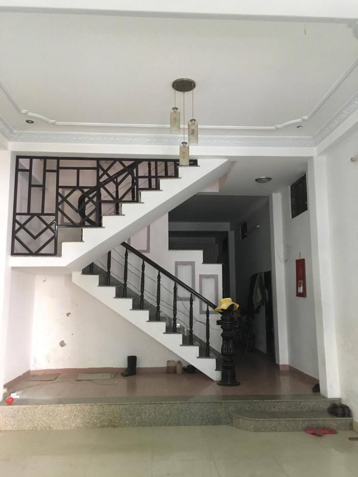 Cần bán nhà mặt tiền đường Trương Nữ Vương