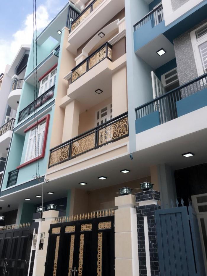 Nhà mới 2017, đúc 3 lầu, 4PN 6WC, sân ô tô, sát đường Phạm Văn Đồng, Quận Thủ Đức
