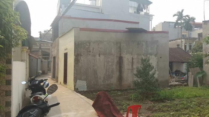 Đất Làng Nha Long Biên,DT:50m2 MT:4m hướng TB.Giá 25tr/m2