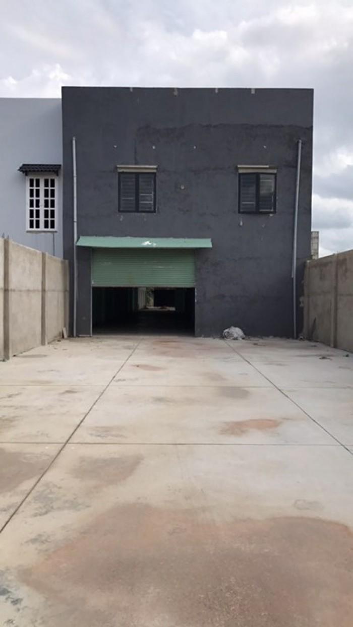 Bán nhà xưởng Hóc môn gần chợ Bà Điểm ,Dt,1200m2 đã hoàn công