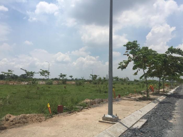 VietcomBank ban 10 lo dat ngay TT Quan 2, (120m),Ngay TTTM,Sieu Thi,Tru0ng hoc,da co so rieng tung nen