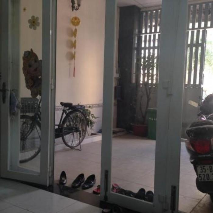 Bán gấp nhà vị trí cực đẹp 3 mặt hẻm đường Trương Đình Hội phường 16 quận 8.