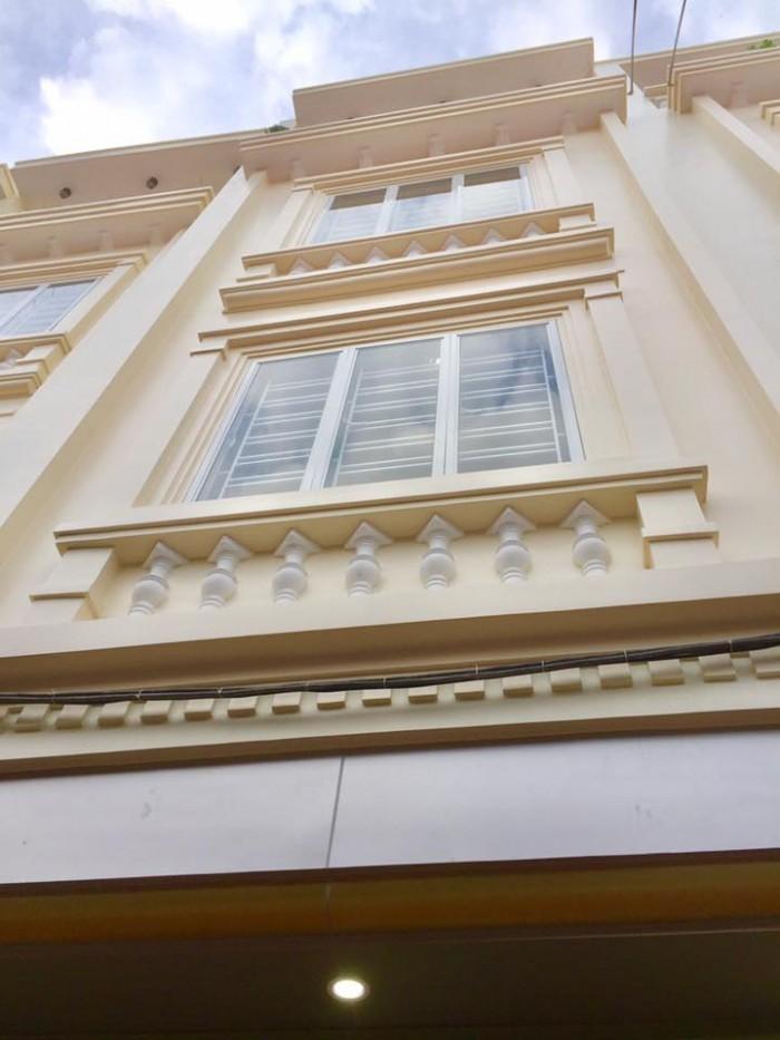 Nhà 4 tầng, 50m2, cách mặt đường 30m, gần chợ Đôn Niệm, Đông Nam.