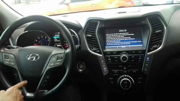 Hyundai Santa Fe 4WD 2.4AT sx 2015 màu trắng 8
