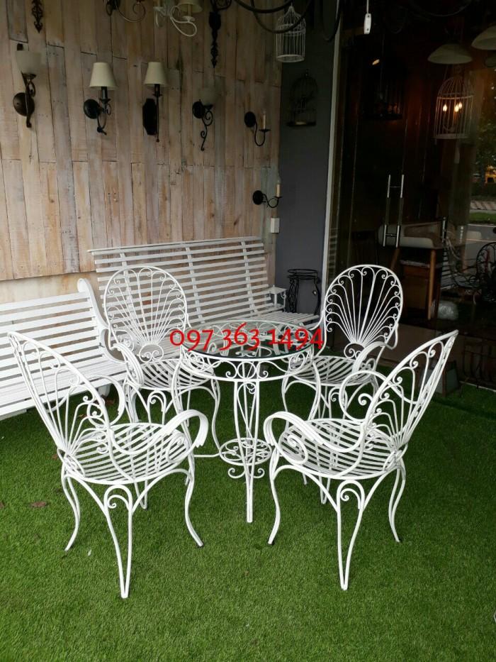 Bộ bàn ghế sân vườn đuôi công0