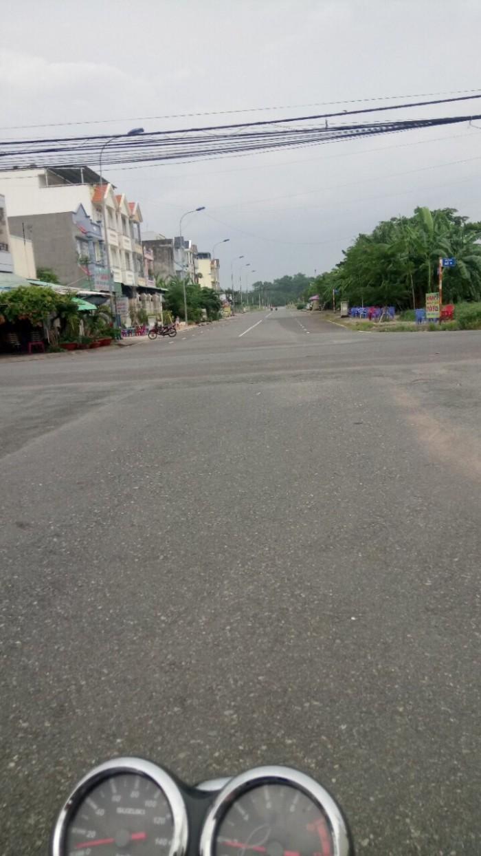 Mặt tiền đường 990, Nguyễn Duy Trinh, 112m2.
