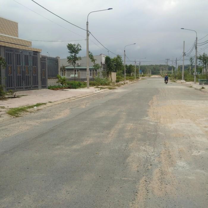 Cần bán lô đất gần đường Đồng Khởi Tân Phong
