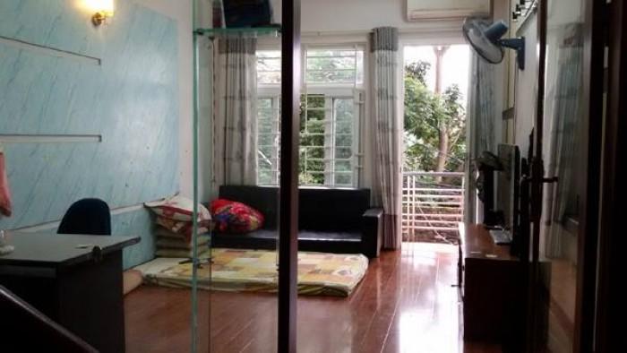 Sở hữu ngay nhà riêng ô tô đỗ cửa.32m2.4 tầng.gần ngay bến xe bus Hà Nội.