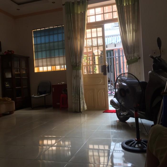 Bán Nhà hẻm 88 Nguyễn Văn Quỳ, Quận 7, nhà xây dựng đẹp, kiên cố