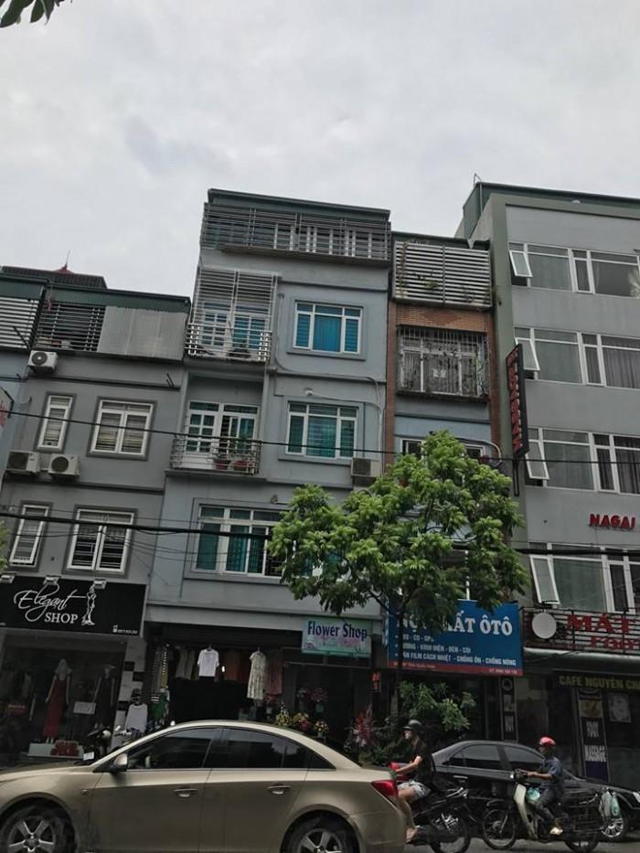 Mặt phố gần Hoàn Kiếm, vỉa hè rộng, khu vực Lê Thanh Nghị, Q. Hai Bà Trưng.