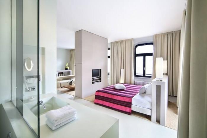 Cho thuê nhà hơn 160m2 tại mặt tiền Tân Hải, Phường 13, Quận Tân Bình.Nhà 1 hầm, 6 lầu, 28 phòng