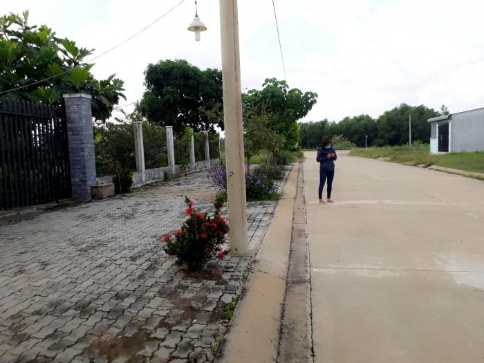 Đất gần sân golf Mekong- Royal island &Villas