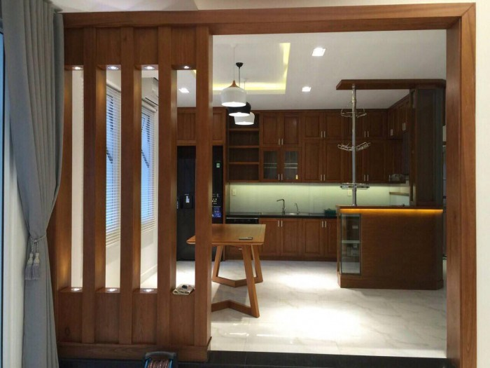 Cần bán gấp biệt thự Villa Park ven sông, khu compound an ninh,Sổ hồng riêng chính chủ, tặng nội thất