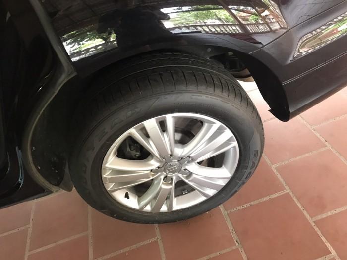 Nhà mình cần bán chiếc Audi Q7 3.0L V6 TFSI Quattro 2015 màu đen vip 4