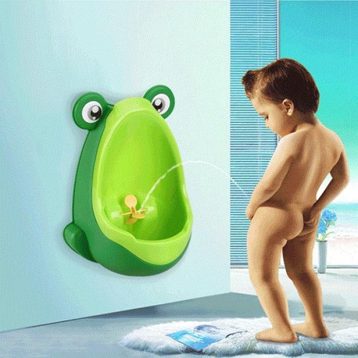 Bệ tiểu mini gắn tường cho bé trai hình ếch NX952