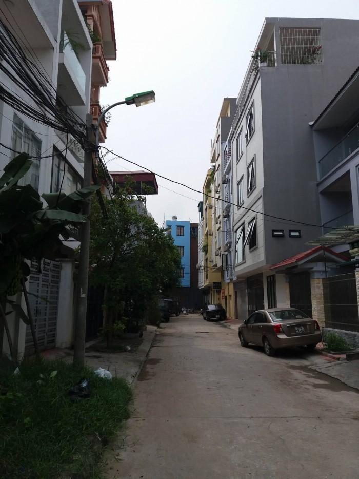 Bán đất chính chủ 134m ngõ 175 Bát Khối, Long Biên giá rẻ.