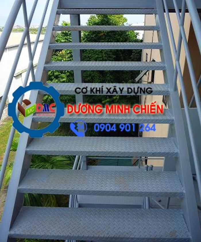 Làm Cầu Thang Thoát Hiểm TPHCM
