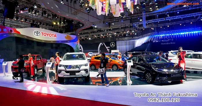 Khuyến Mãi Toyota Altis 2018 Cho Khách Đặt Hàng