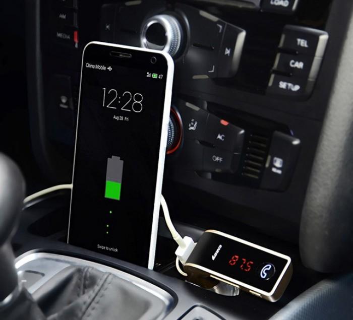 Việc sạc pin cho smartphone hay tablet thông qua cục sạc này đều tương tự như khi sạc bằng cục sạc gốc, không hề gây nóng máy và đảm bảo tốc độ sạc.