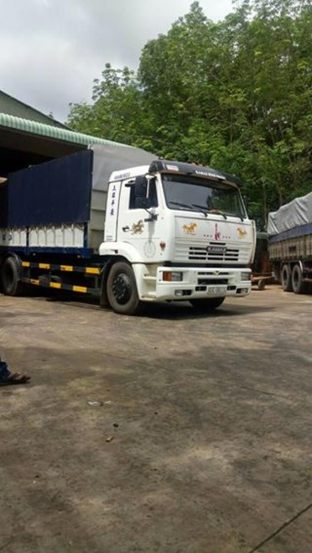 Xe tải thùng Kamaz cũ đăng ký lần đầu tháng 02 năm 2017