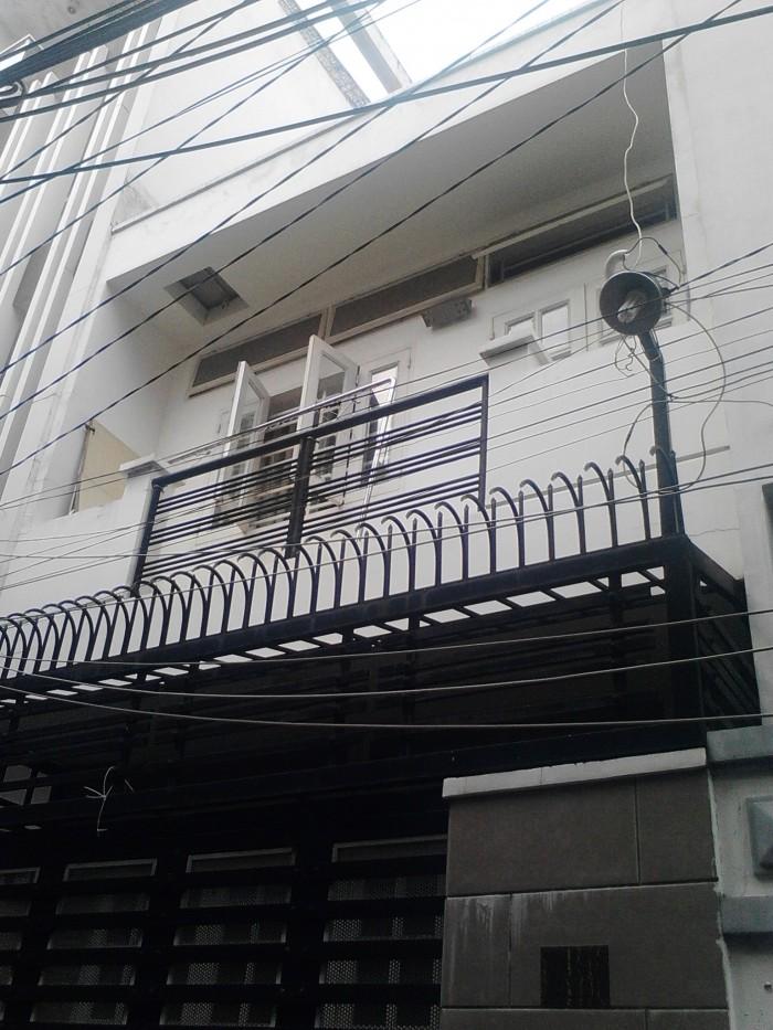 Cần Bán Nhà HXH Tân Sơn Nhì . 4,5x13,5m . Nhà 1 Lầu Đẹp
