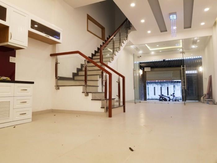 Bán nhà phố 3 lầu, DT 5m x 20m, đường Lê Văn Lương Làng Đại Học B