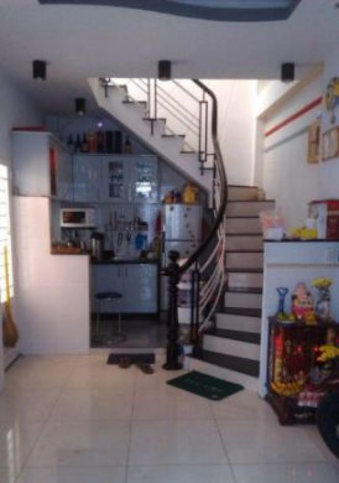 Nhà 1/Bà Hom Bình Tân đúc 2 lầu gồm 2PN 3WC