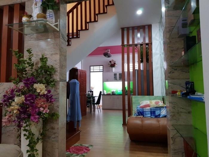 Bán nhà đẹp , hẻm 502 huỳnh Tấn Phát, Quận 7,Dt 5,5x18m, nở hậu 14m.