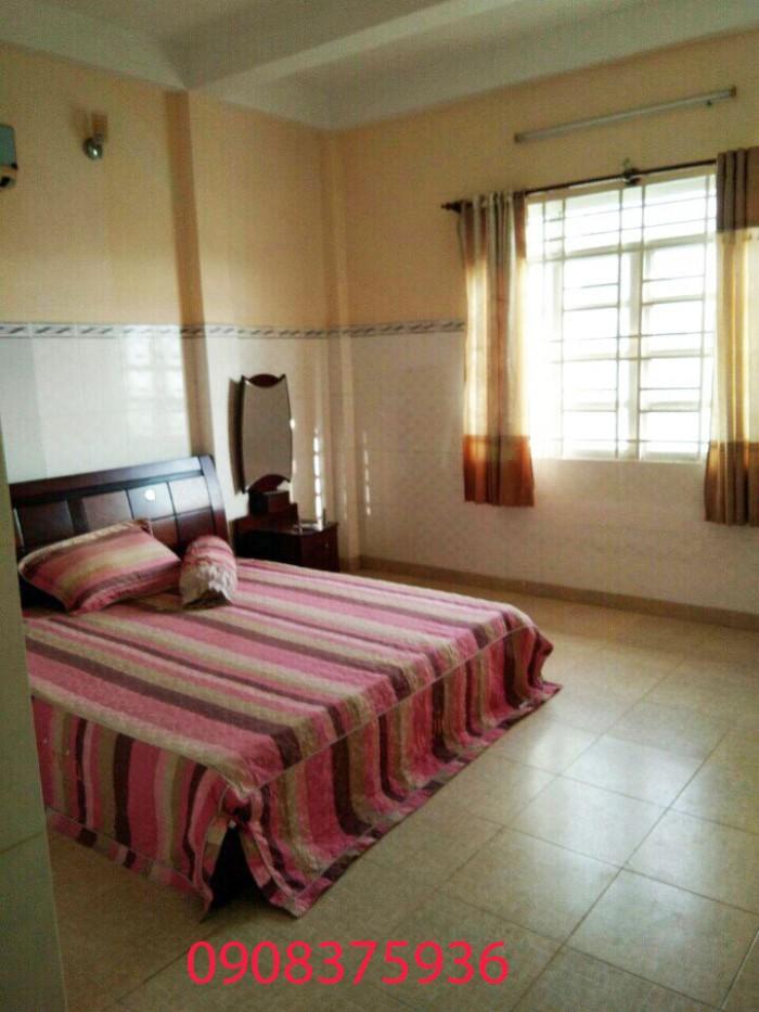 Bán nhà 3 lầu mặt tiền Huỳnh Tấn Phát, Nhà Bè, Dt 4,5x46m.