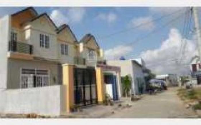Nhà mới xây dựng, 1 TRỆT 1 LỬNG 400 TRIỆU, Giáp chợ Bình Chánh.