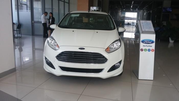 Ford Fiesta sản xuất năm 2017 Số tự động Động cơ Xăng