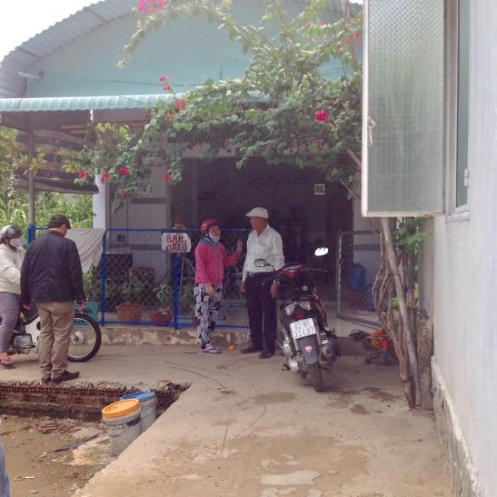 Nhà cấp 4 dt 89m2 đường Nguyễn An Ninh thị trấn Cần Giuộc