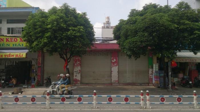 Cần Bán Nhà Mặt Tiền Nguyễn Sơn  . 8x17,5m2 . Nhà Cấp 4