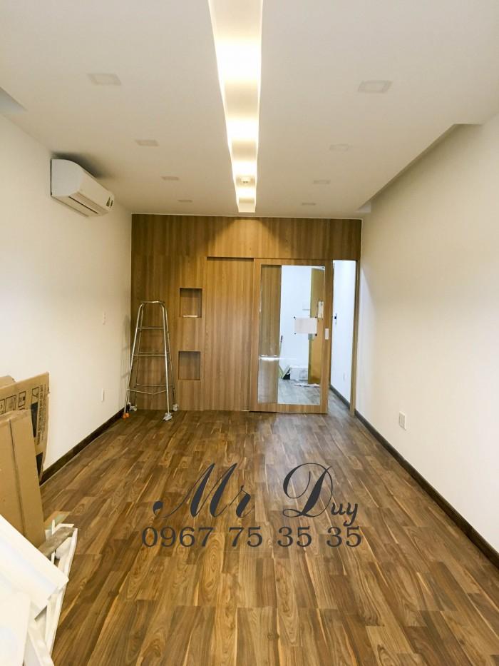 Cho thuê căn hộ văn phòng 36m2 tại Q5 gần THPT Lê Hồng Phong