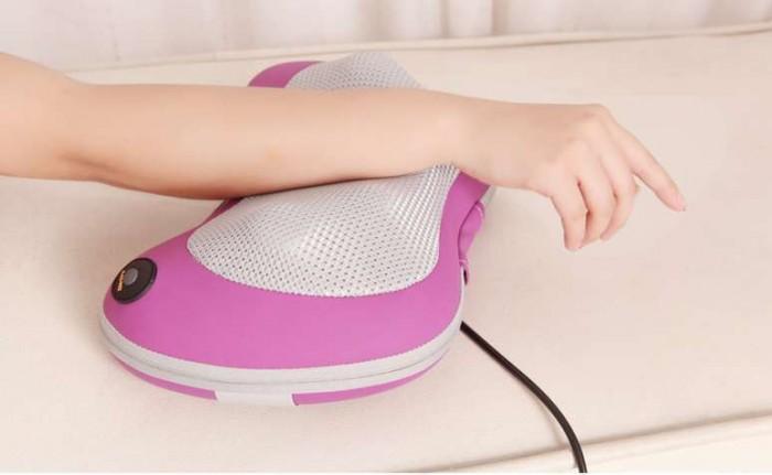 Gối massage hồng ngoại 6 Bi Nhật Bản